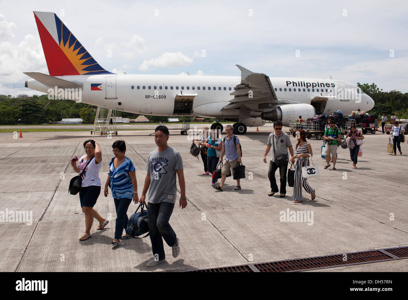 Philippines Airlines passengers arrive at Tagbilaran Airport in Bohol, Philippines Stock Photo