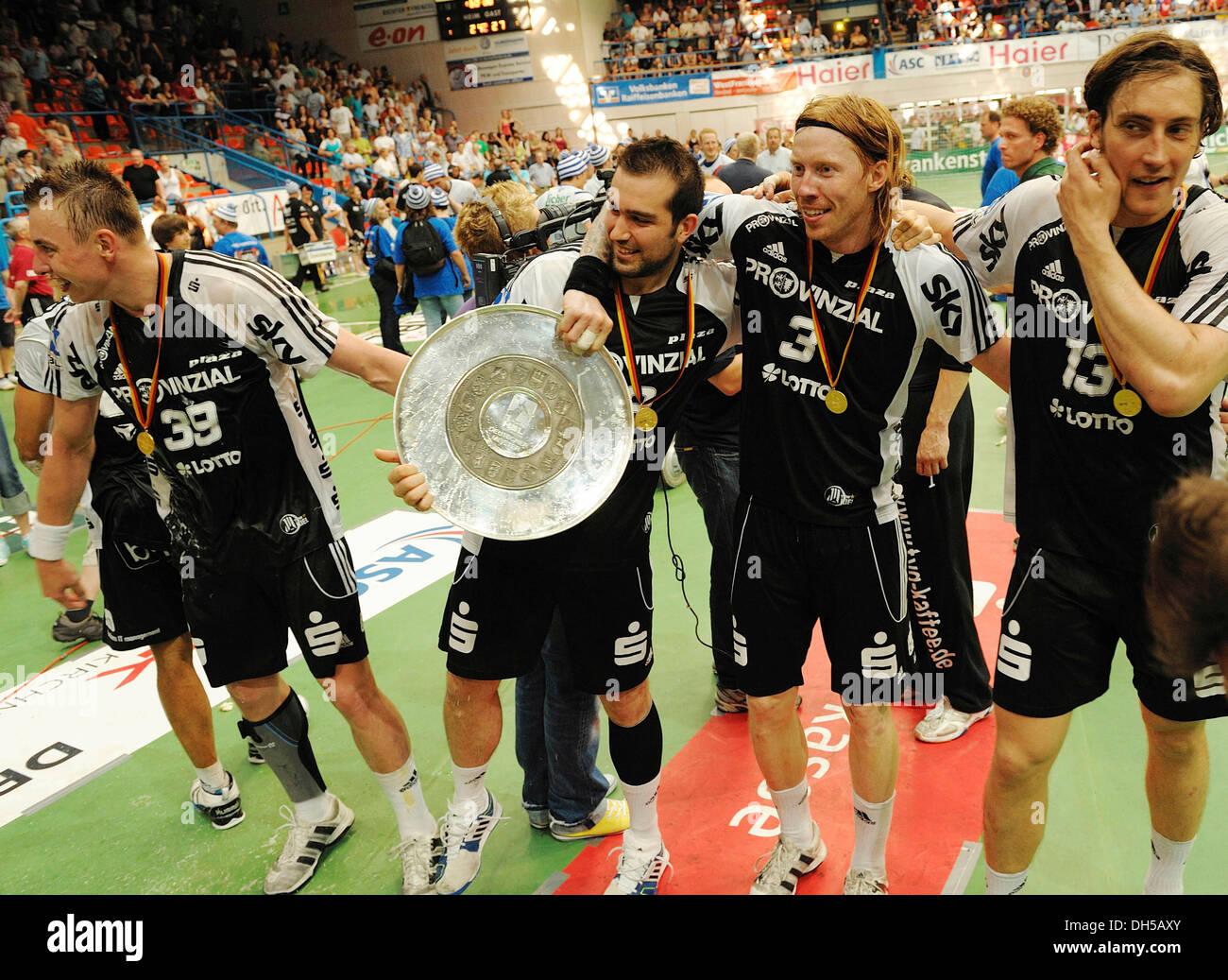 Handball, final of the German Championship League, TV Grosswallstadt vs. THW Kiel, THW Kiel became German Champions 2010 - Stock Image