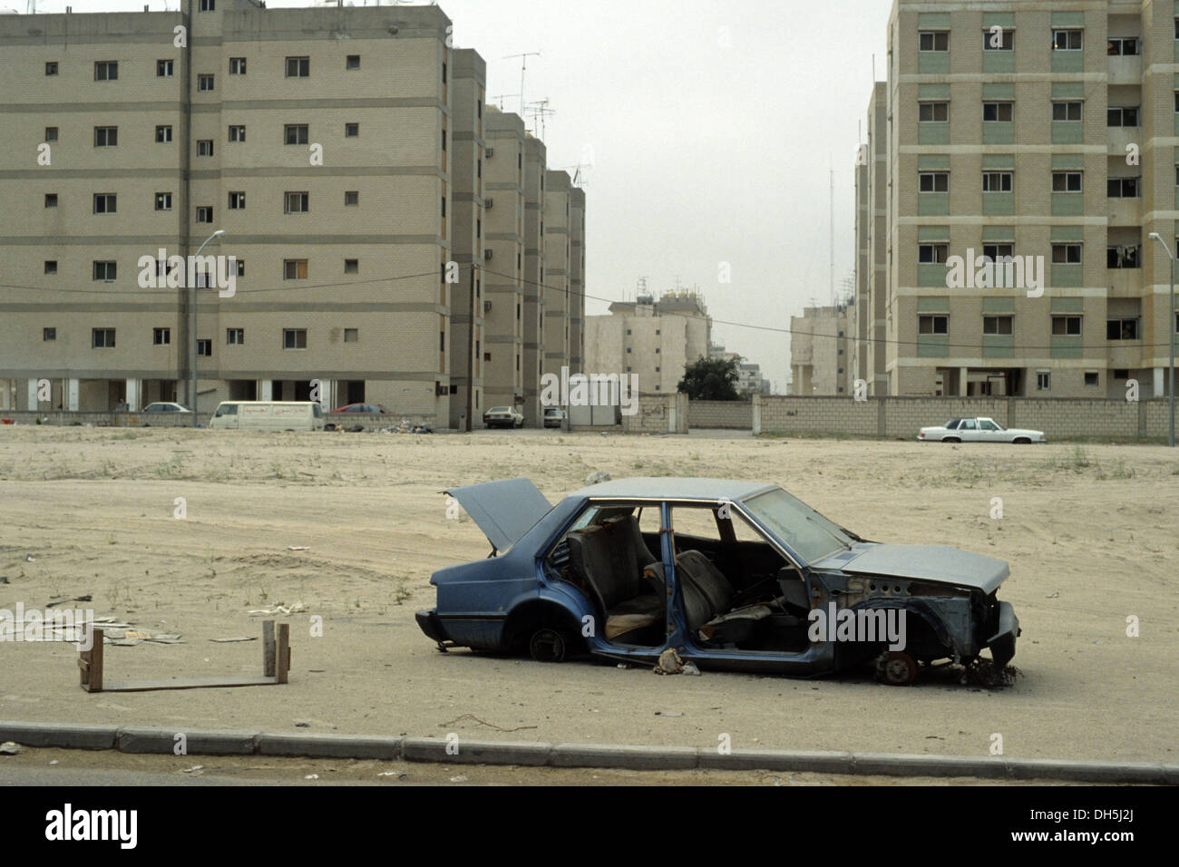 The aftermath of the 1991 Gulf War in Kuwait : devastation downtown in Kuwait City. - Stock Image
