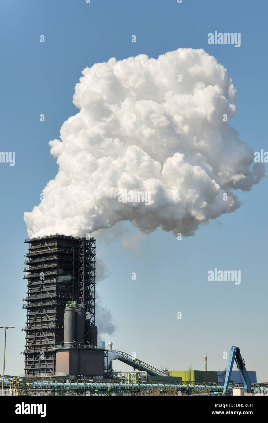 Northern quenching tower of the Schwelgern coke oven plant, ThyssenKrupp Stahl AG, factory premises Hamborn, Schwelgern Duisburg - Stock Image