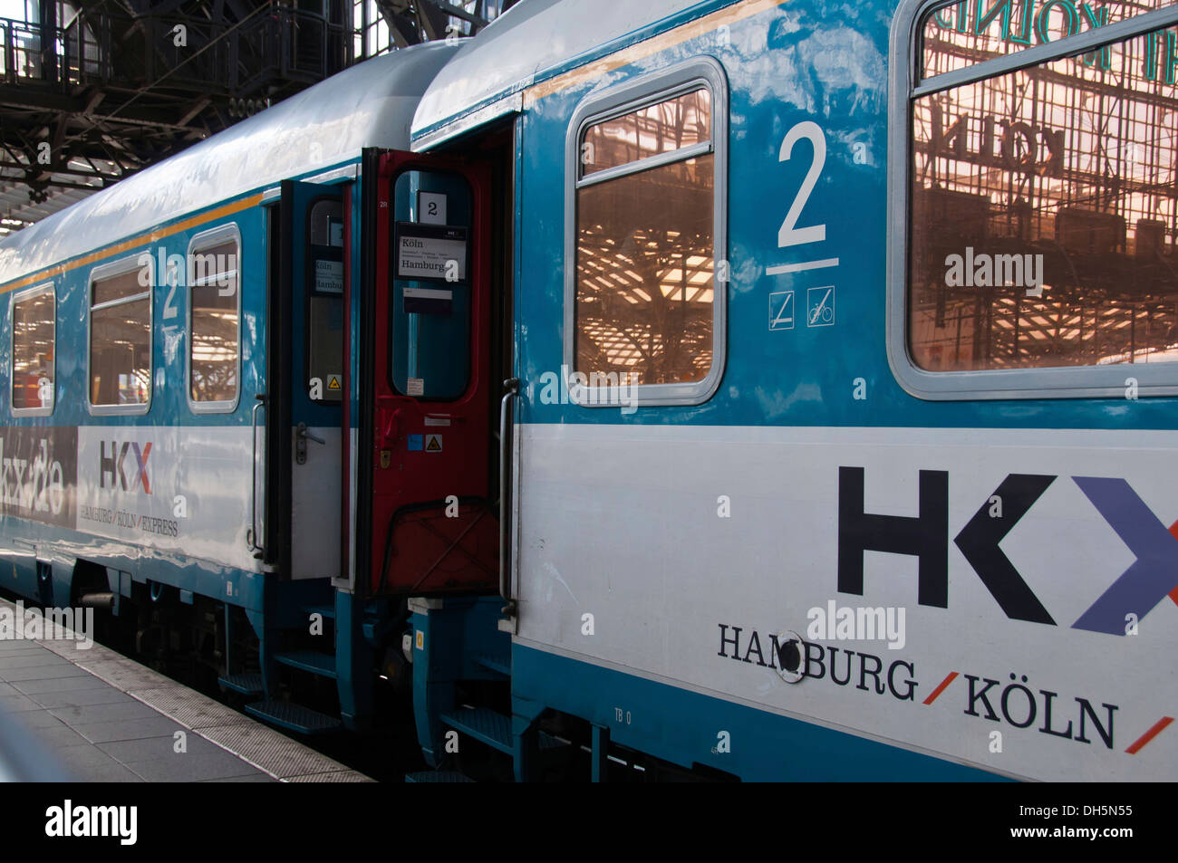 Hamburg-Koeln-Express, HKX, a private Berlin-based open-access train operating company, Cologne Central Station - Stock Image