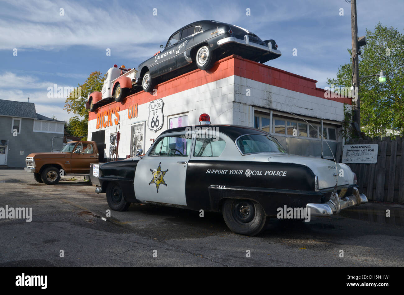 route 66 car stock photos & route 66 car stock images - alamy