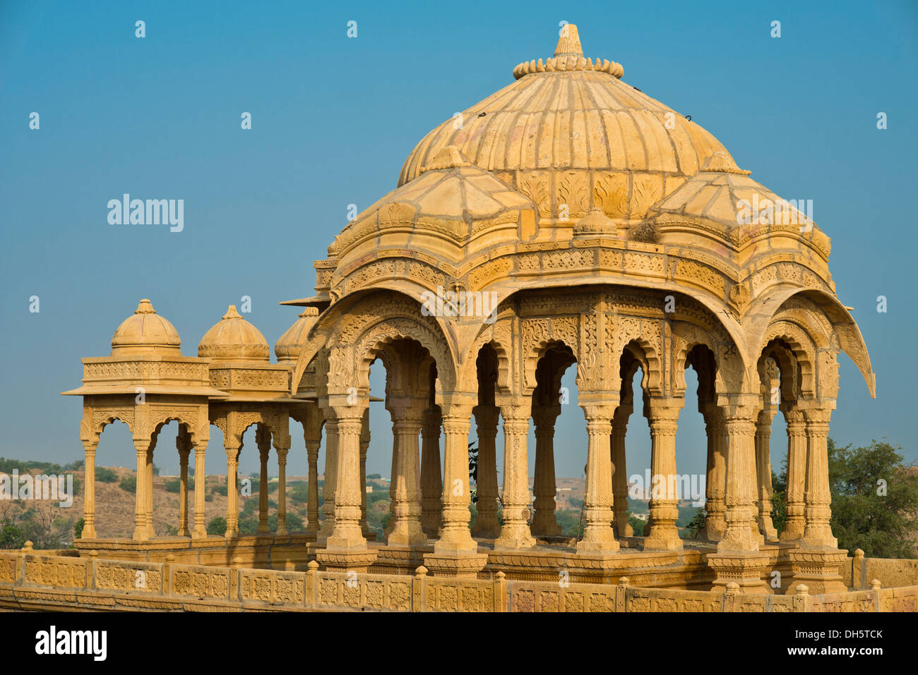 Cenotaph, old burial site of the rulers of Jaisalmer, Bada Bagh, Jaisalmer, Rajasthan, India Stock Photo