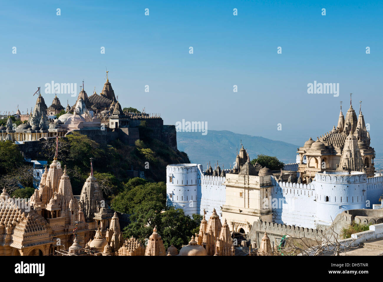 Temple complex on the holy mountain of Shatrunjaya, important pilgrimage site for followers of Jainism, one of the four most - Stock Image