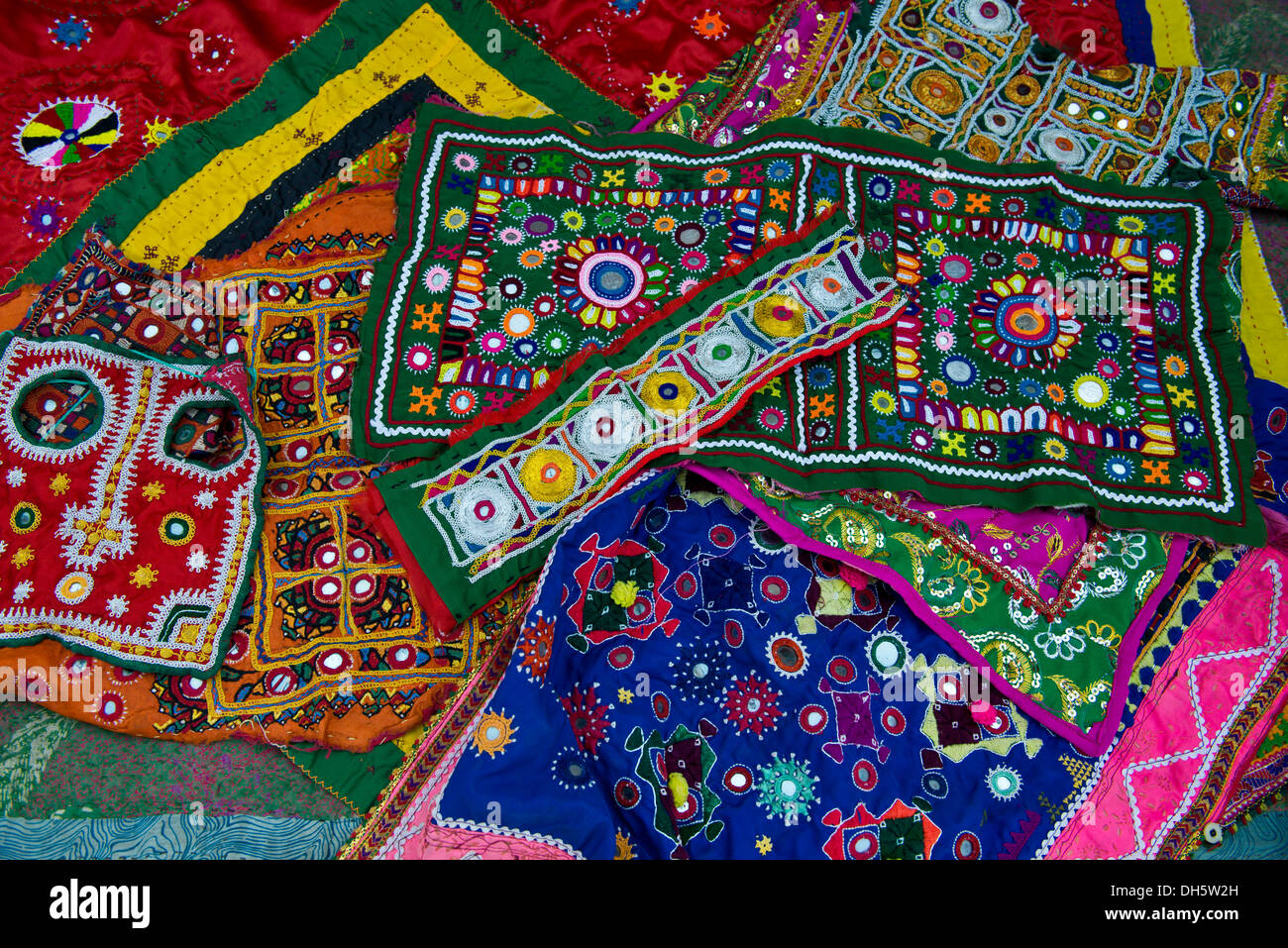 Traditional needlework from Gujarat, embroidery with small sewn-on mirrors, patchwork sewing, Rann of Kutch, Gujarat, India - Stock Image