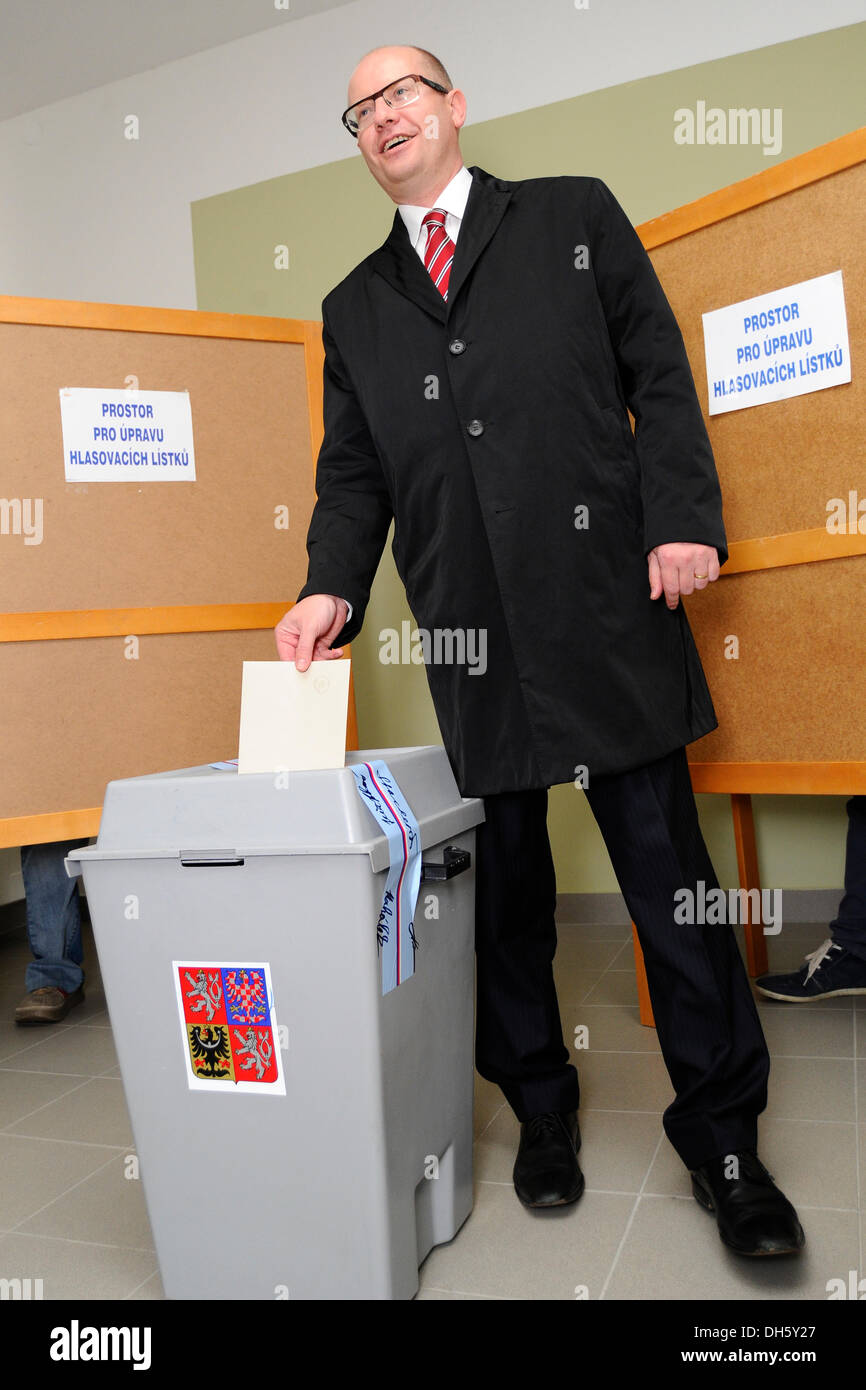 Chairman of CSSD, Social Democrats, Bohuslav Sobotka votes during early parliamentary elections in Slavkov u Brna, Friday, Oct. 25, 2013. Czech Republic holds the elections Oct. 25-26. (CTK Photo/Vaclav Salek) - Stock Image