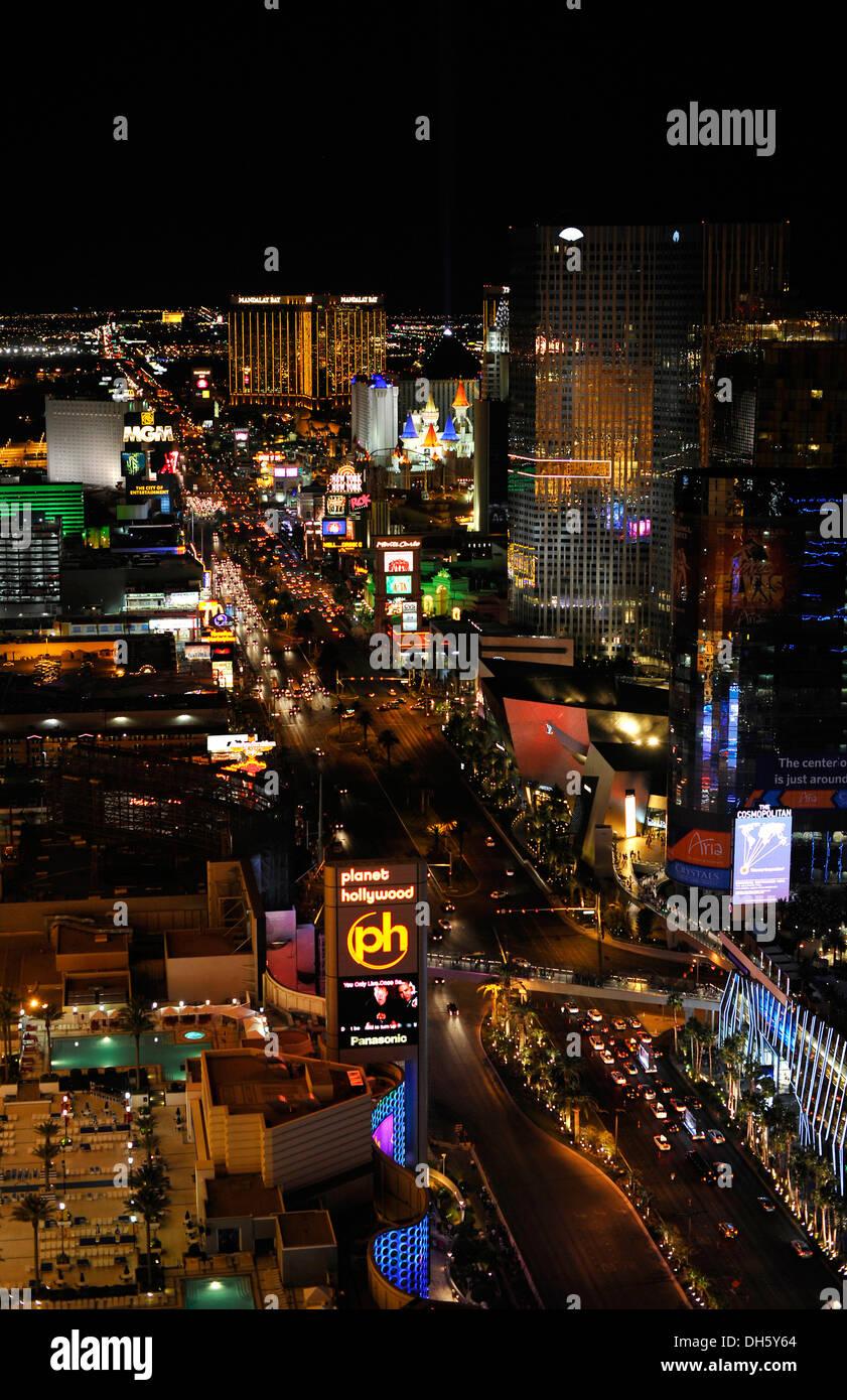 Night scene, The Strip, MGM Grand luxury hotel, New York, Mandalay Bay, ExcaliburBellagion, Las Vegas, Nevada - Stock Image