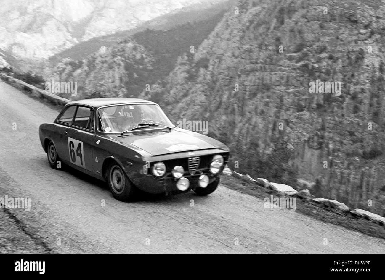 Alfa Romeo Gta In The Corsica Rally 1965 Stock Photo Alamy