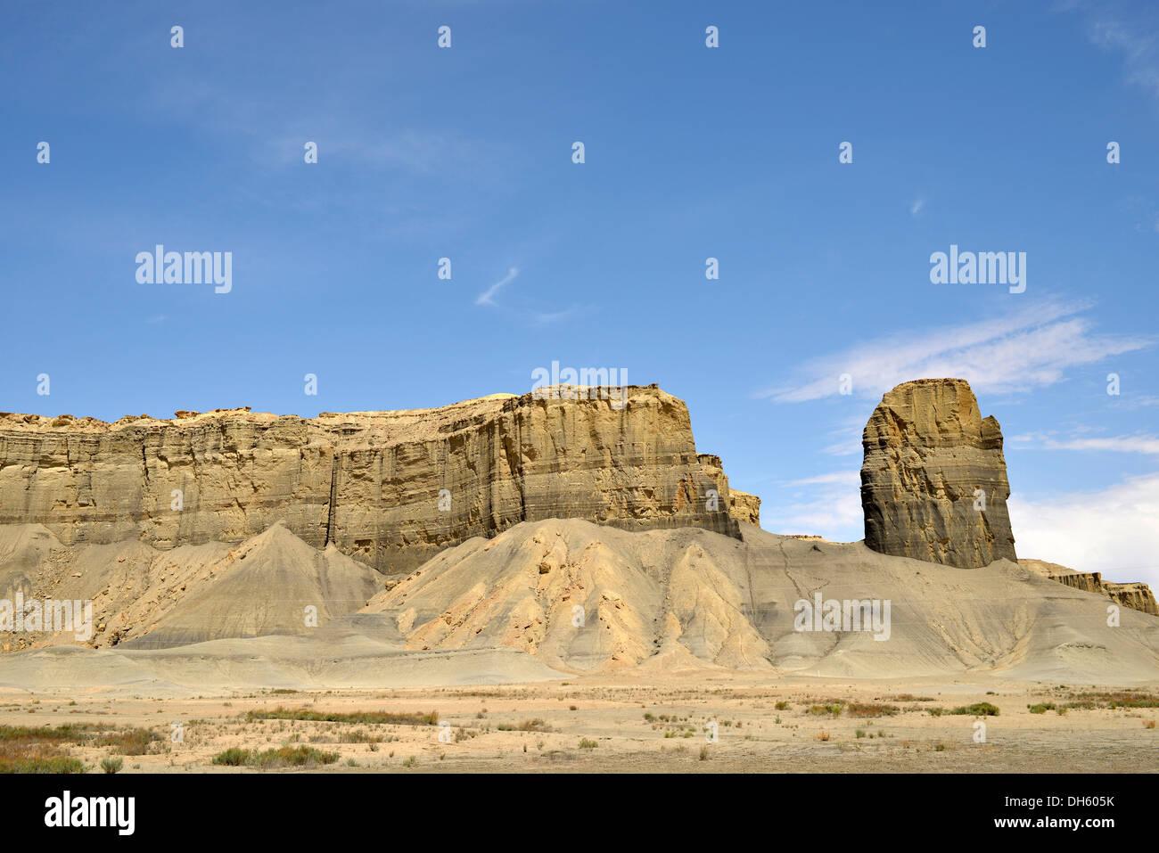 Chimney Rock, Badlands, near Hanksville, Utah, Southwest, United States of America, USA - Stock Image