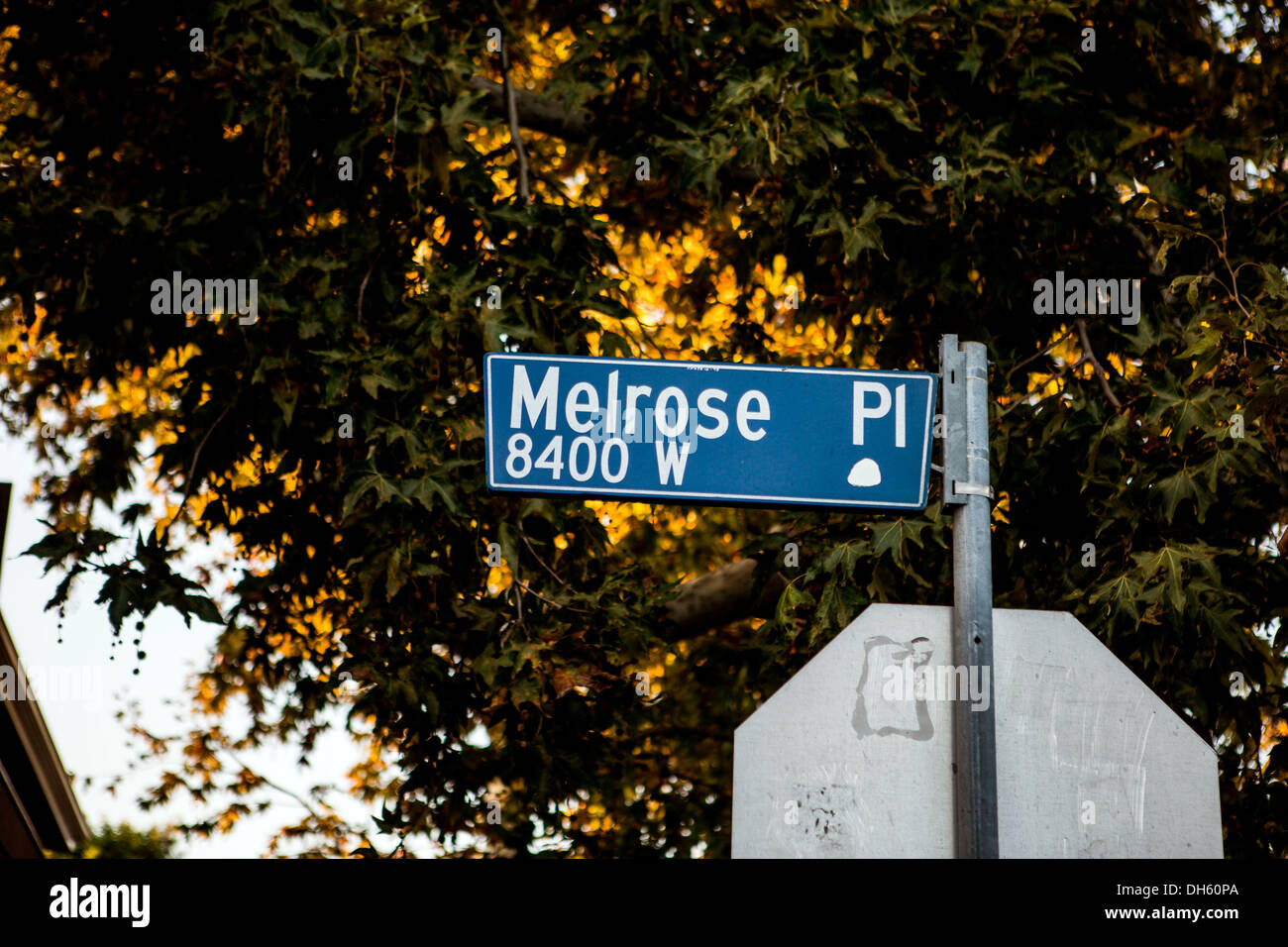 Street sign with the name Melrose place - Stock Image
