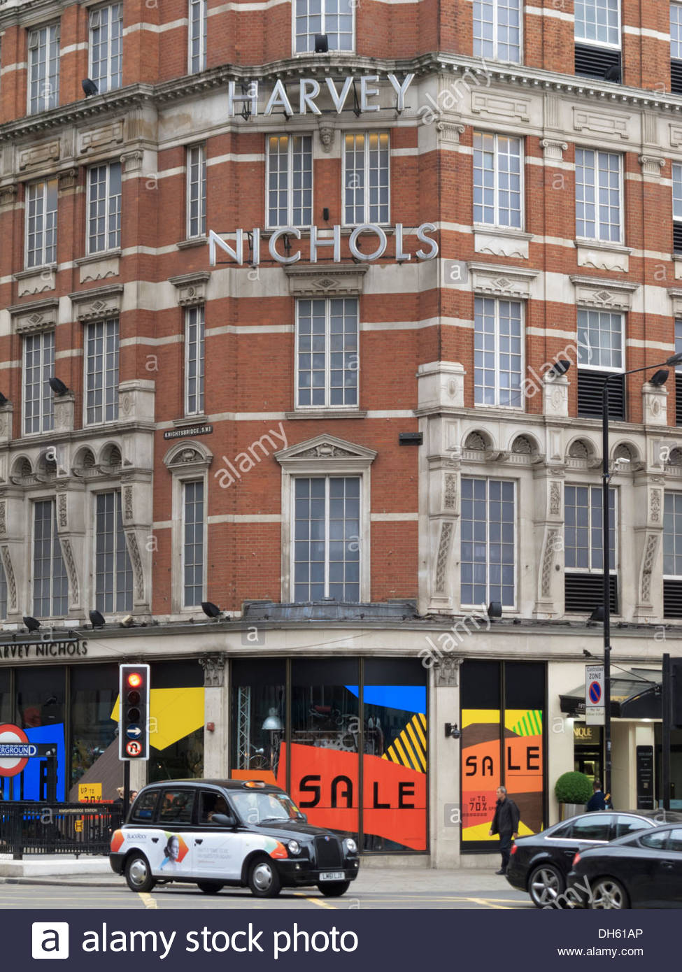 Harvey Nichols Flagship Store Sloane Street Knightsbridge London England - Stock Image