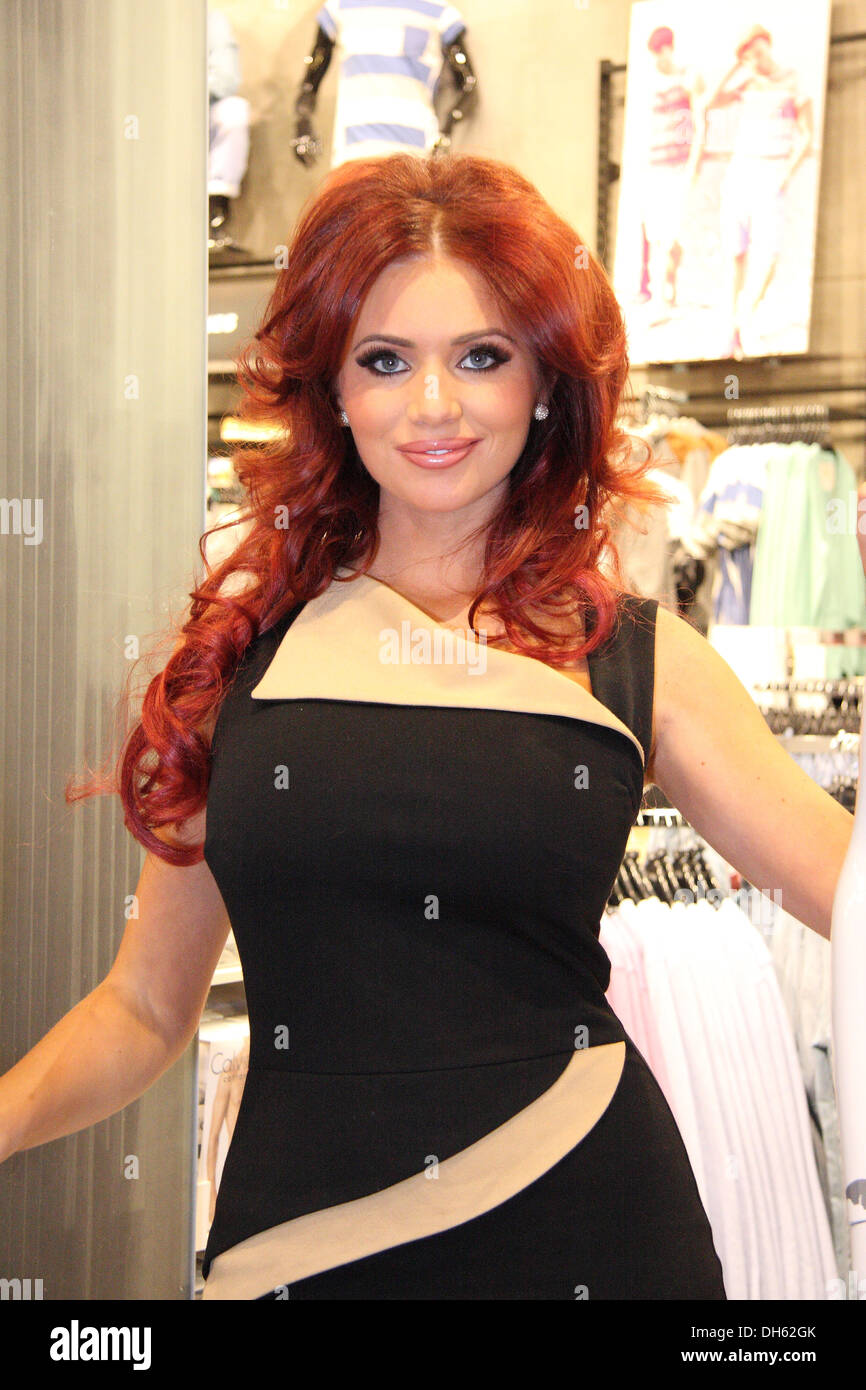 8 Amy Childs Hairstyles