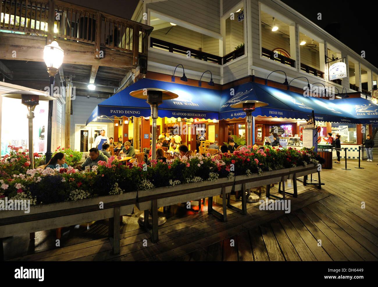 Night Scene Seafood Restaurant Pier 39 Fisherman S Wharf