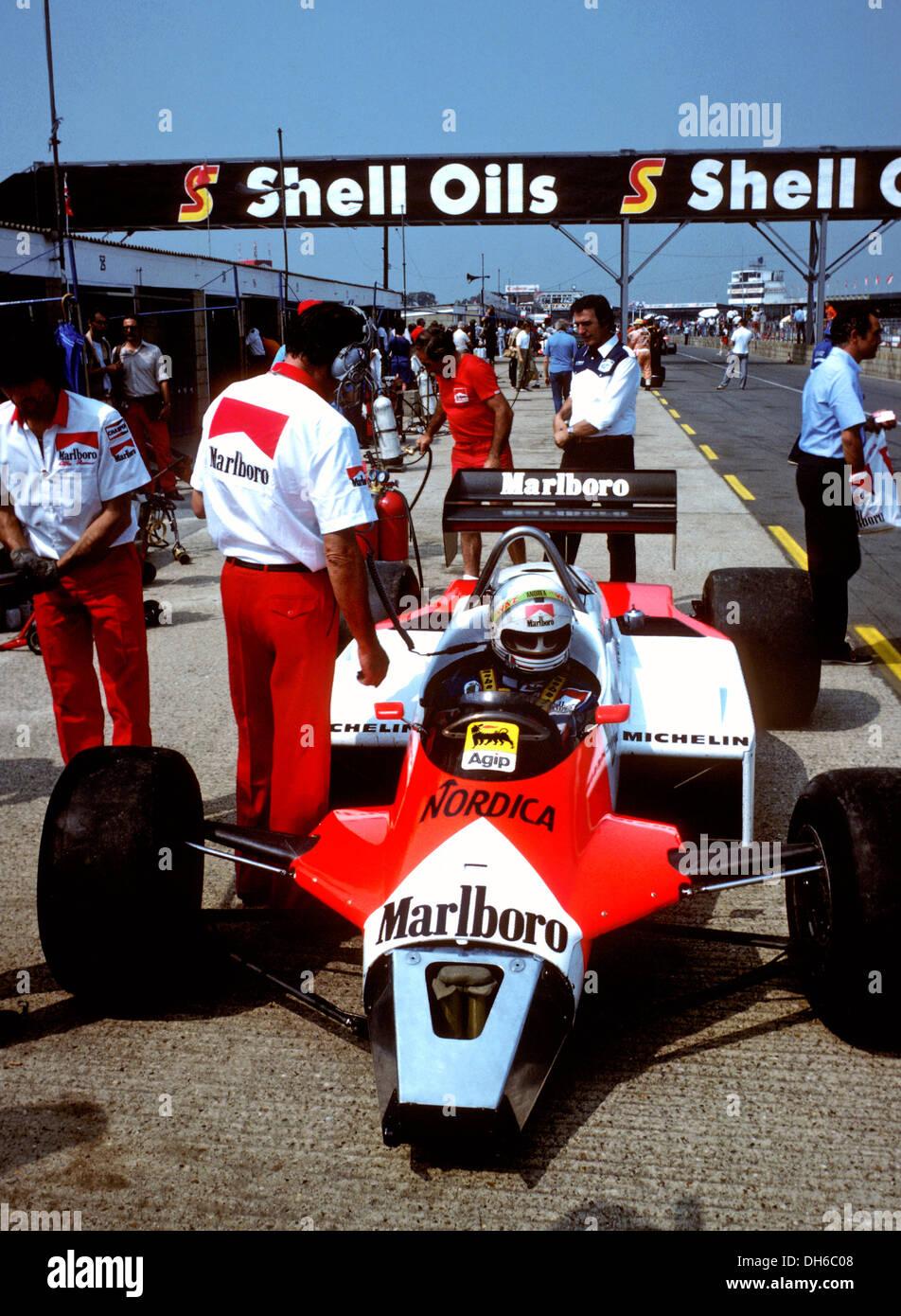 Andrea De Cesaris In An Autodelta Alfa Romeo F1 Turbocar Stock Photo Alamy