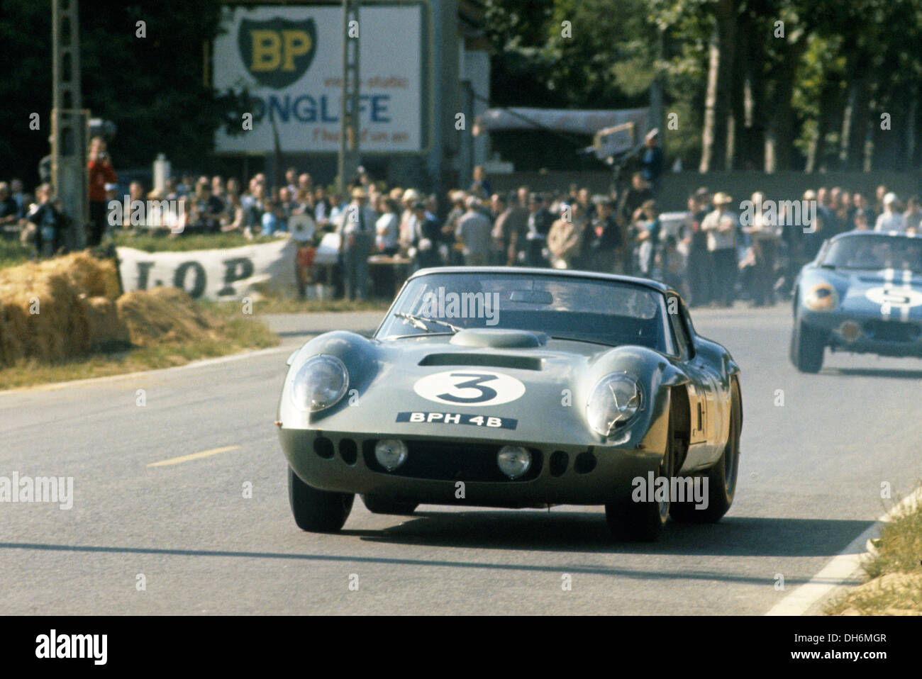 jack sears in a cobra ac daytona coupe at le mans france 1964 stock