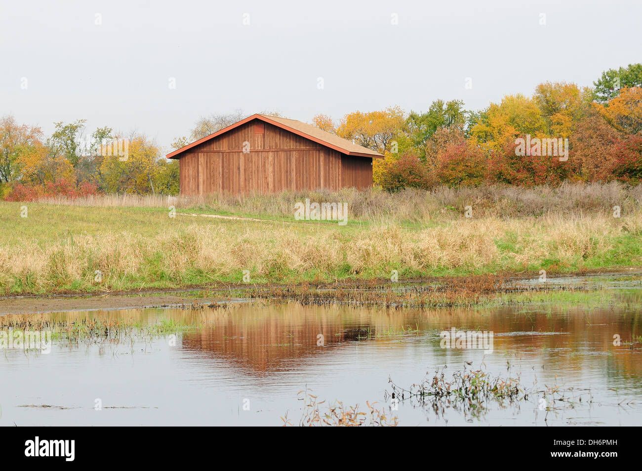 Autumn scenic of farm shed. - Stock Image