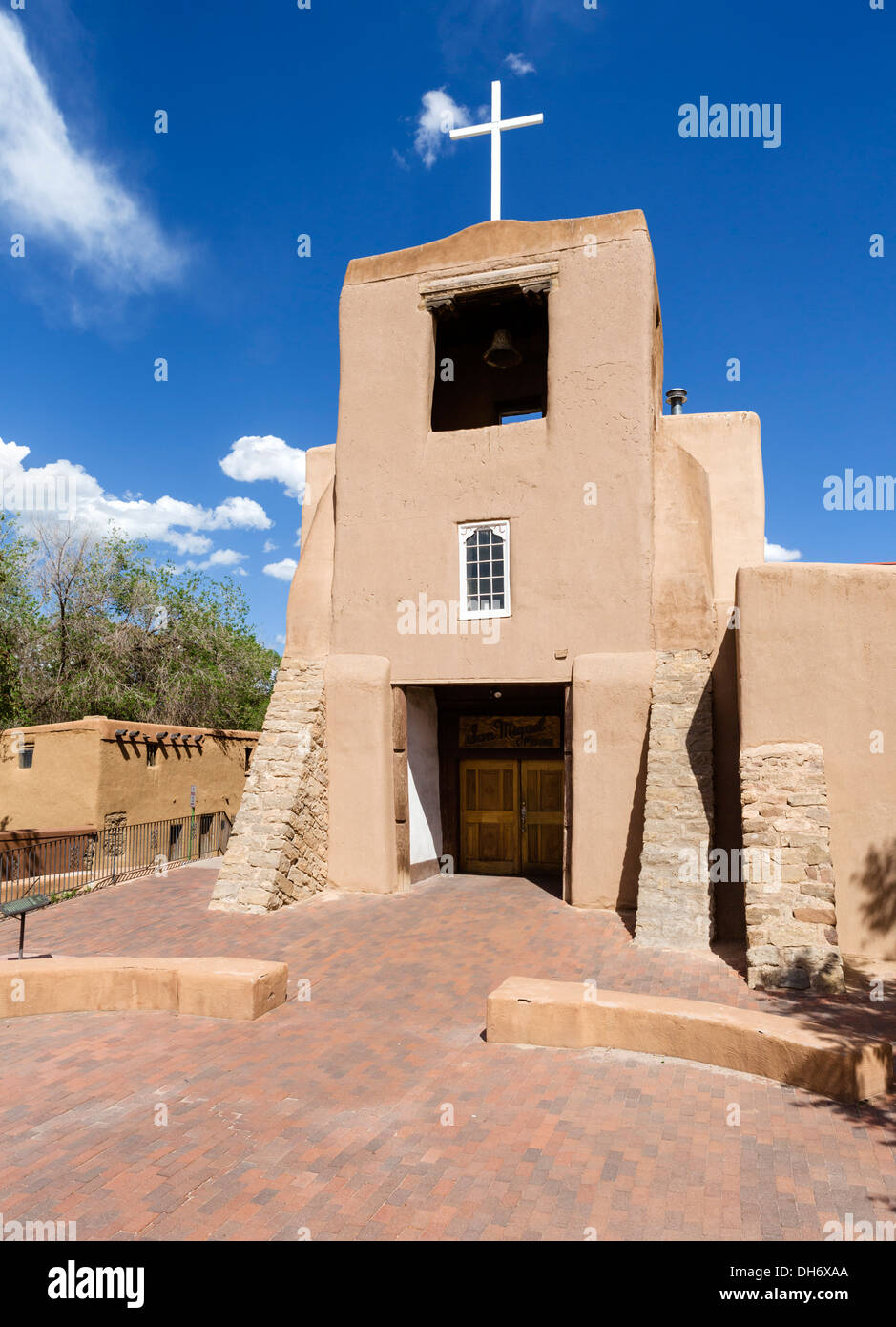 The 17thC San Miguel Mission, one of the oldest churches in the USA, Santa Fe, New Mexico - Stock Image