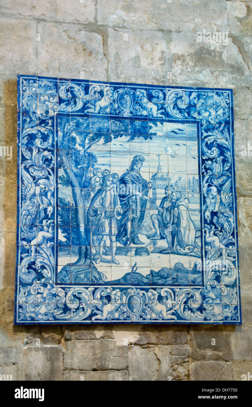 Portugal, Lisbon, tiled azulejo panel in the archeological museum, Do Carmo, the Chiado, Lisbon - Stock Image