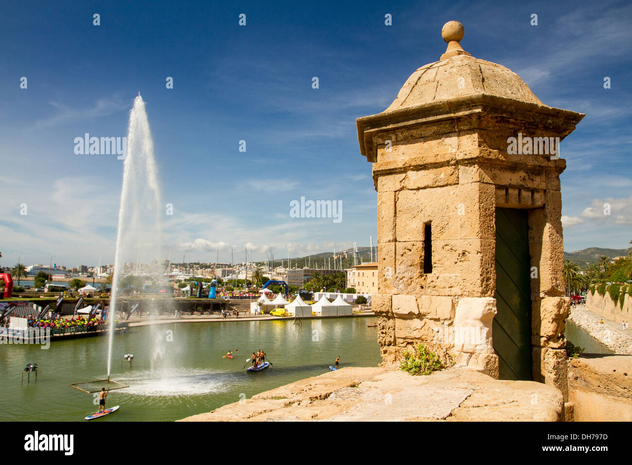 Artificial lake in front of La Seu Cathedral, Palma de Mallorca, Balearic Islands, Spain - Stock Image
