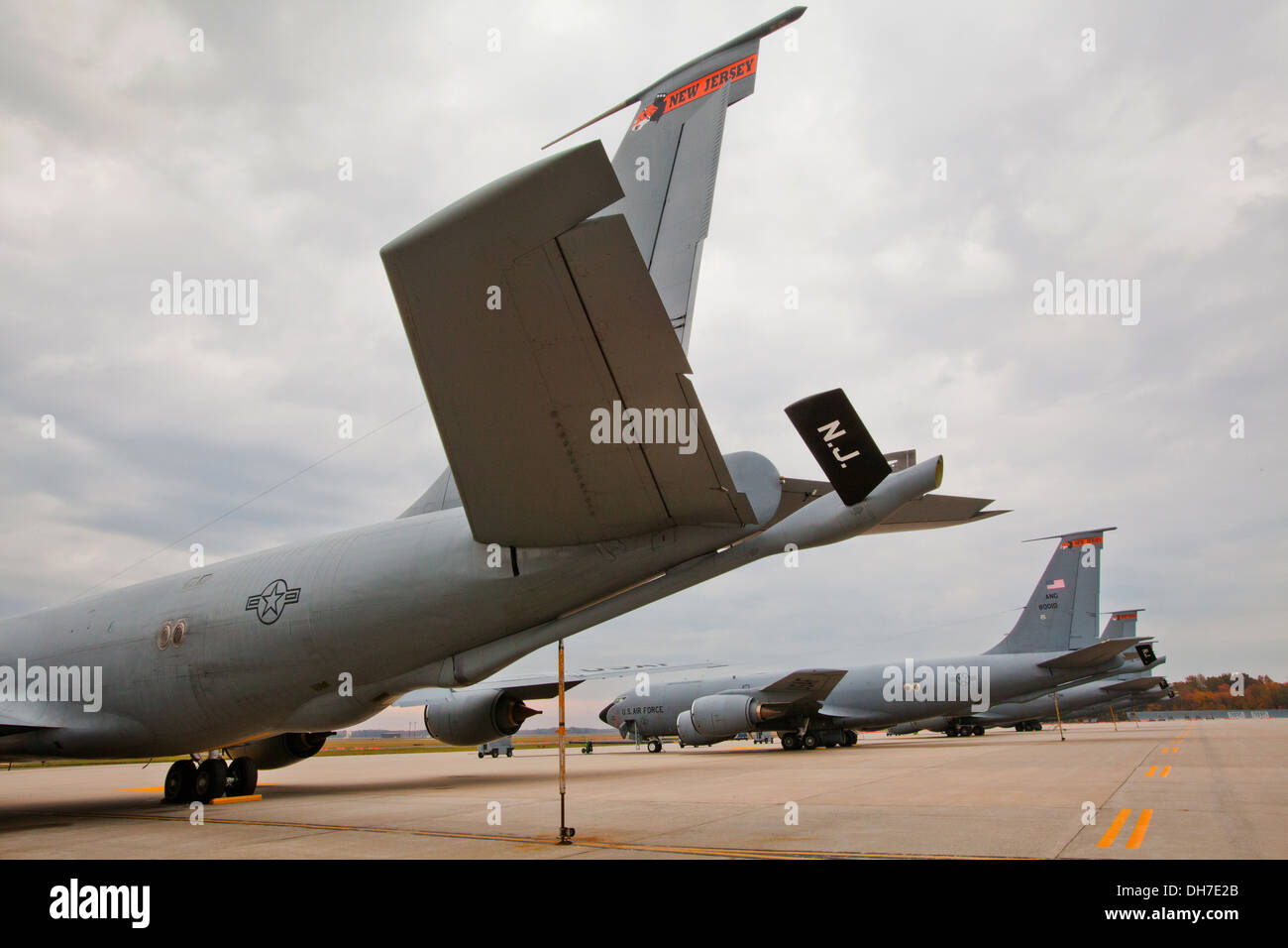 KC-135R Stratotankers assigned to the 108th Wing, New Jersey Air National Guard, at Joint Base McGuire-Dix-Lakehurst, Stock Photo