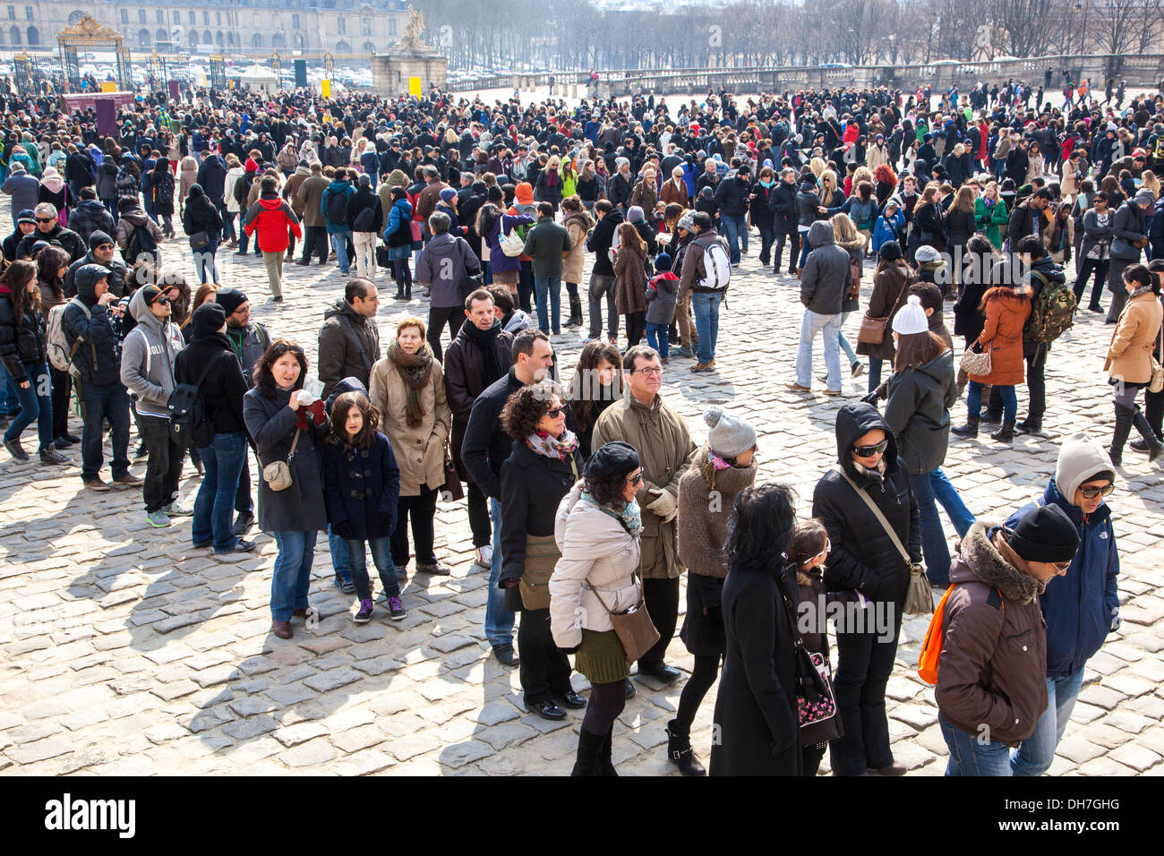 Queue of tourists, Palace of Versailles, Paris, France - Stock Image