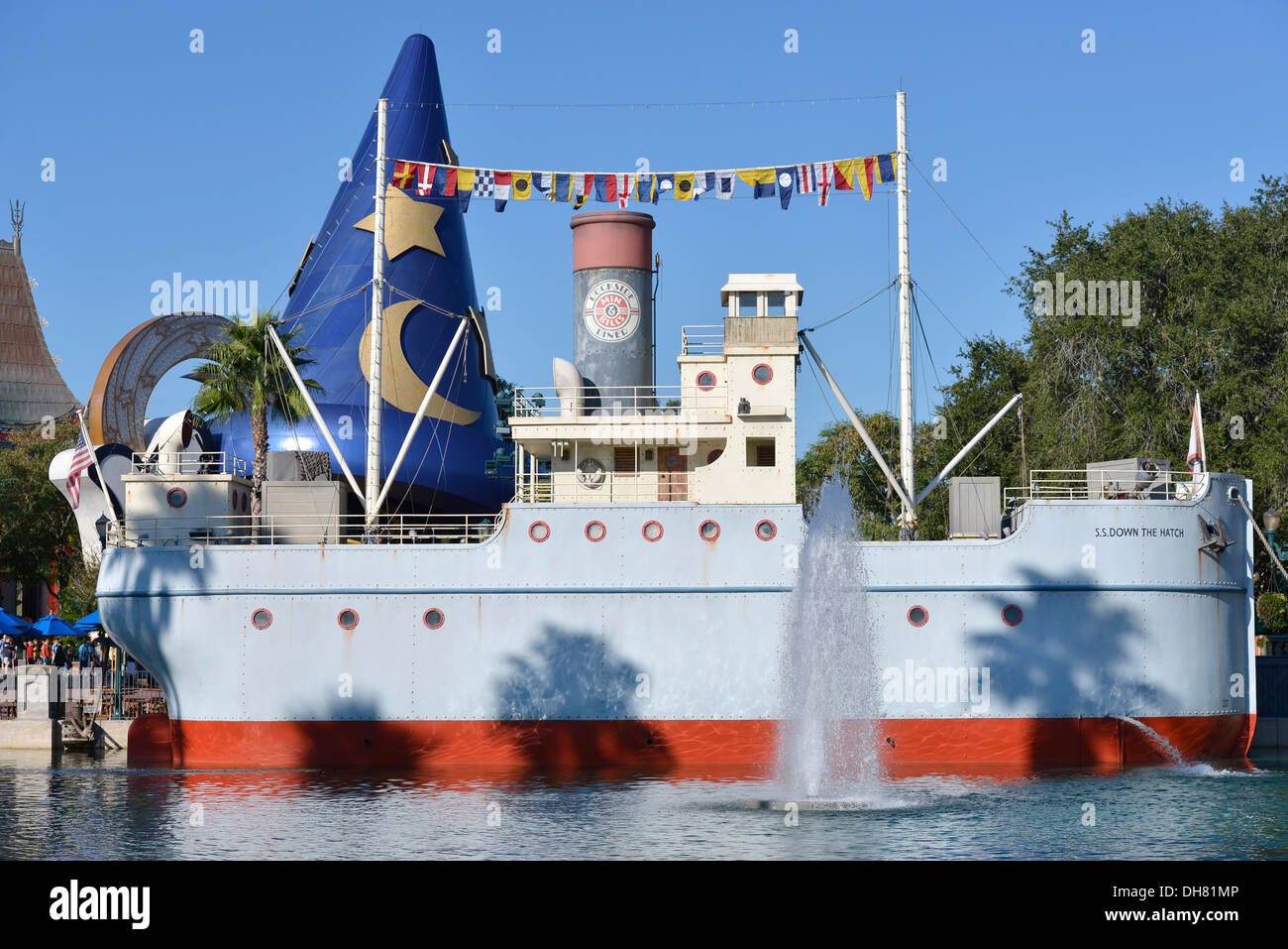 Min and Bill's Dockside Diner on Eco Lake at Hollywood Studios, Disney World Resort, Orlando Florida - Stock Image