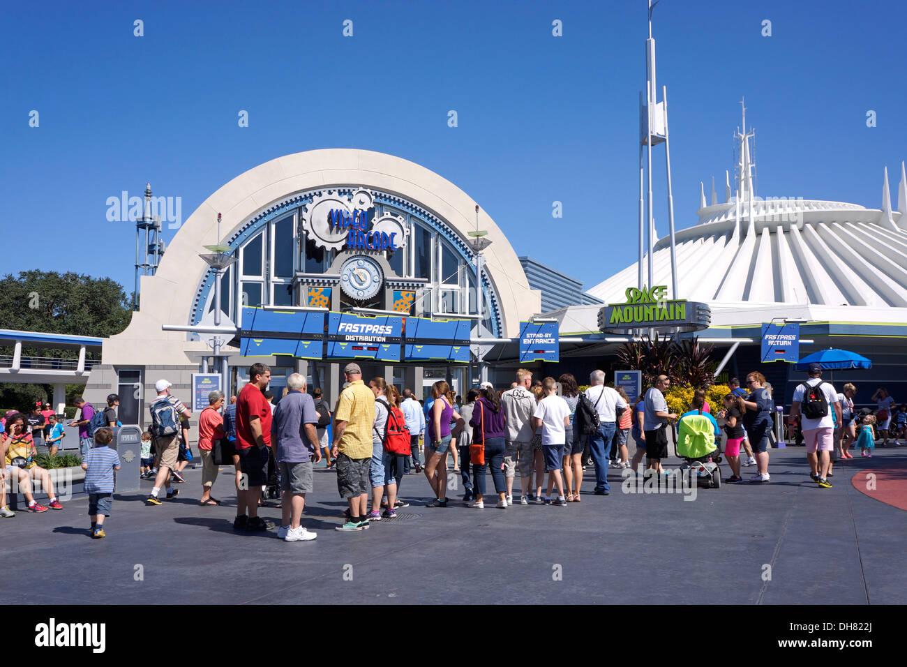 Video Arcade and Space Mountain at Tomorrowland, Disney World Resort, Orlando Florida - Stock Image