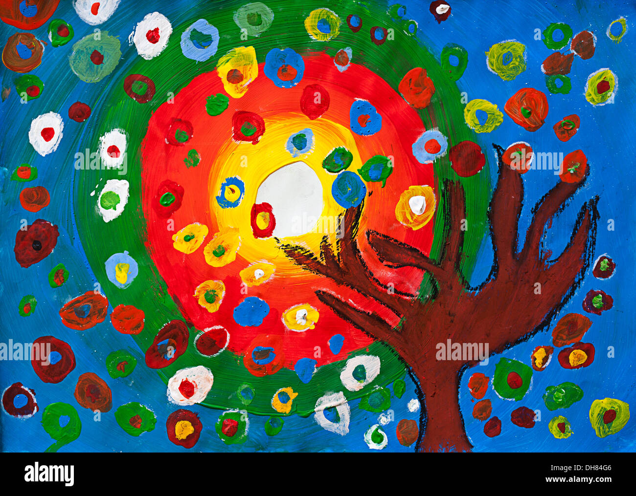 Childrens' artwork: tree and sun - Stock Image