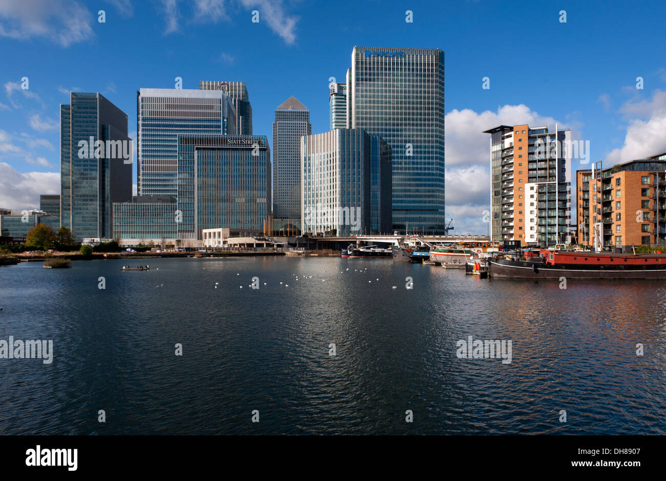 Canary Wharf, Isle of Dogs, London, England, UK. 3 November 2013 High rise buildings of major banks and financial institutions - Stock Image