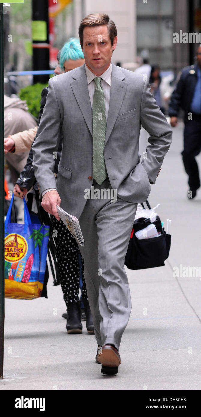 Matt Letscher on set of 'The Carrie Diaries' in Manhattan New York City USA - 24.03.12 - Stock Image