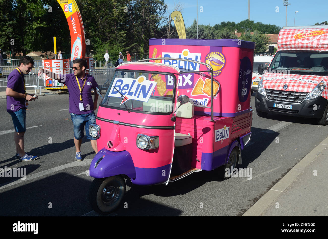 Rubbish cars we love auto rickshaw  you dont see many in london naked (45 photos), Bikini Celebrites images