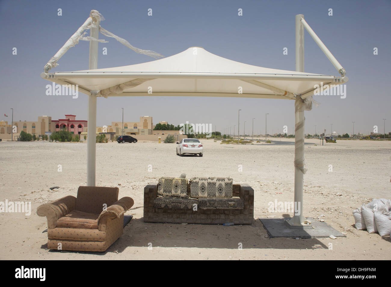 An 'upgraded' bus shelter in greater Abu Dhabi - Stock Image