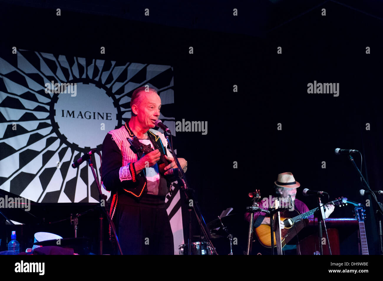 Mic Conway performing at the Aquarius Ball during the 40th Anniversary of the Aquarius Festival in Nimbin. - Stock Image