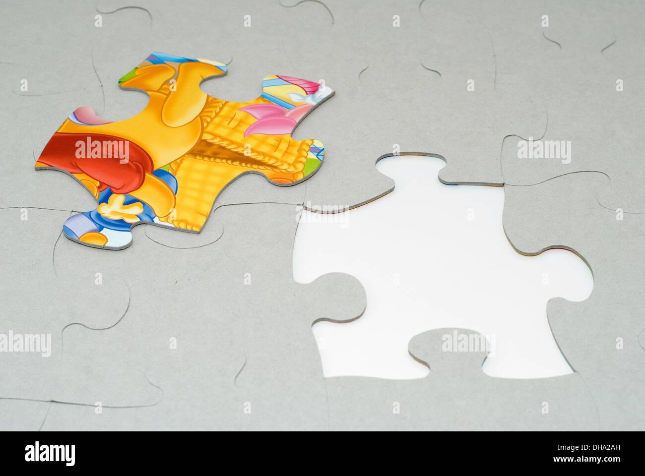Jigsaw Puzzle Box Stock Photos & Jigsaw Puzzle Box Stock Images - Alamy
