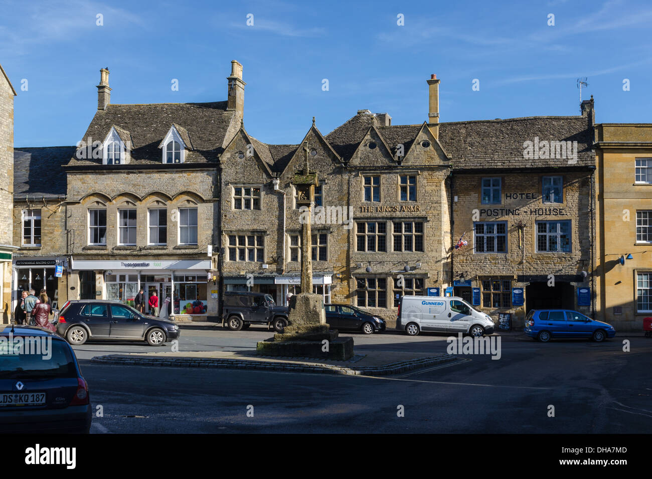 The Kings Arms Hotel and old Posting House in the Cotswold town of Stow-on-the-Wold - Stock Image