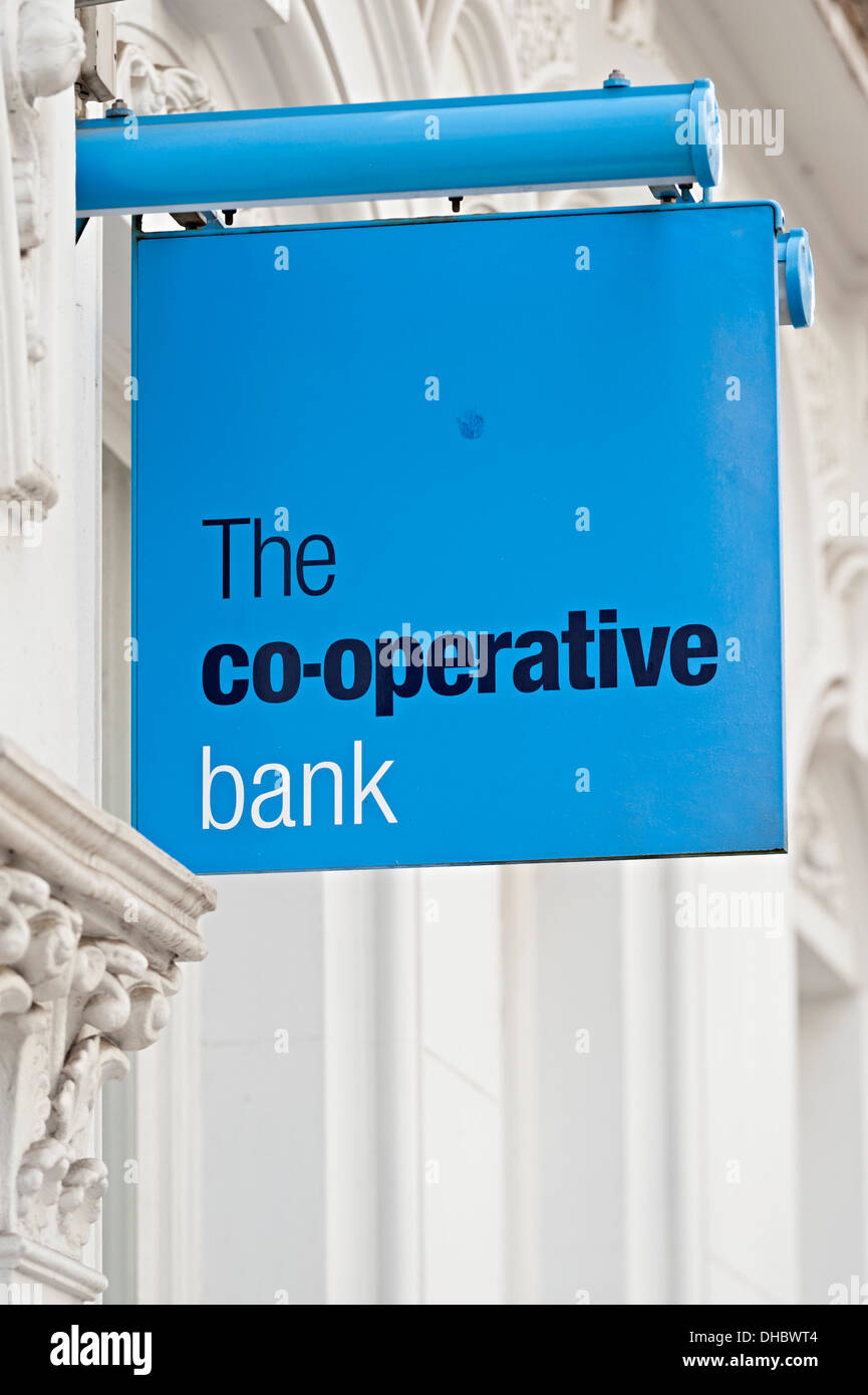 Secure online banking services from The Co-operative Bank. Free, fast and easy to use internet banking that allows you to manage your money 24 hours a day, 7days a week