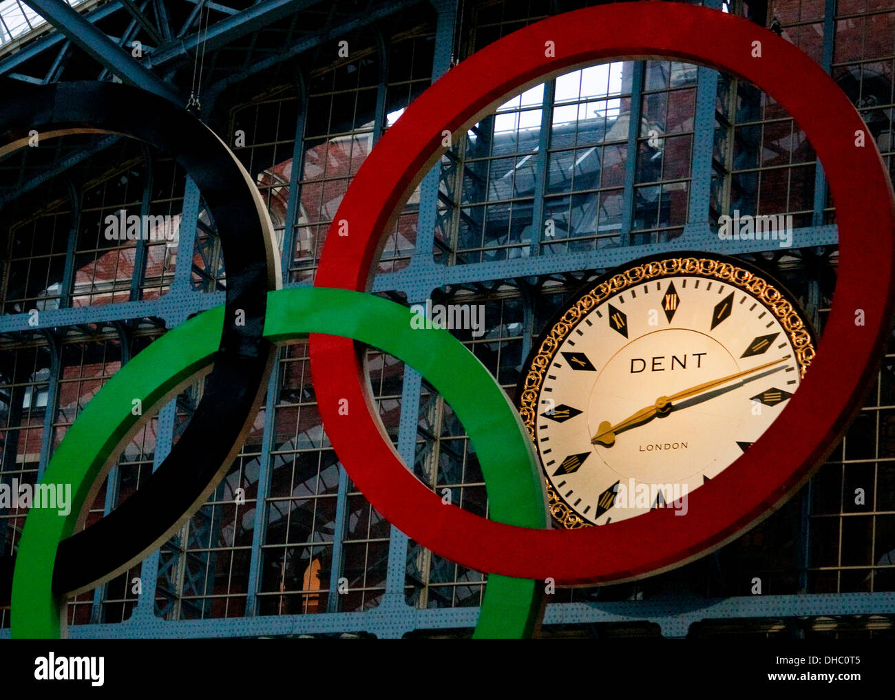 Twenty minutes past eight , 20:12 Olympic rings, Dent clock at St Pancras train station - Stock Image