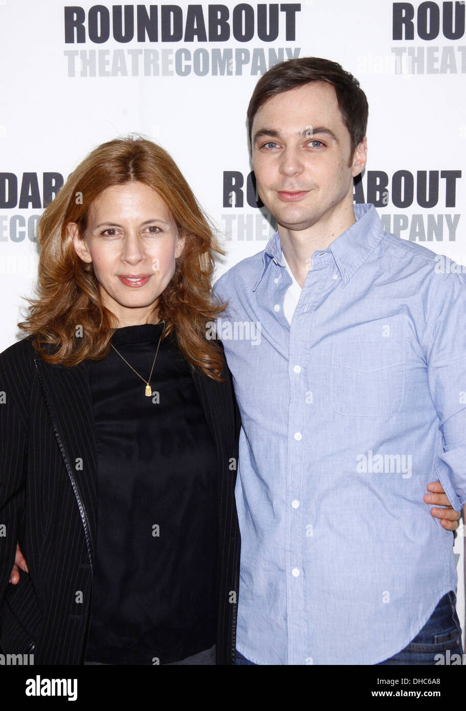 Jessica hecht and jim parsons meet and greet with cast of broadway jessica hecht and jim parsons meet and greet with cast of broadway play harvey held at roundabout theatre company rehearsal m4hsunfo