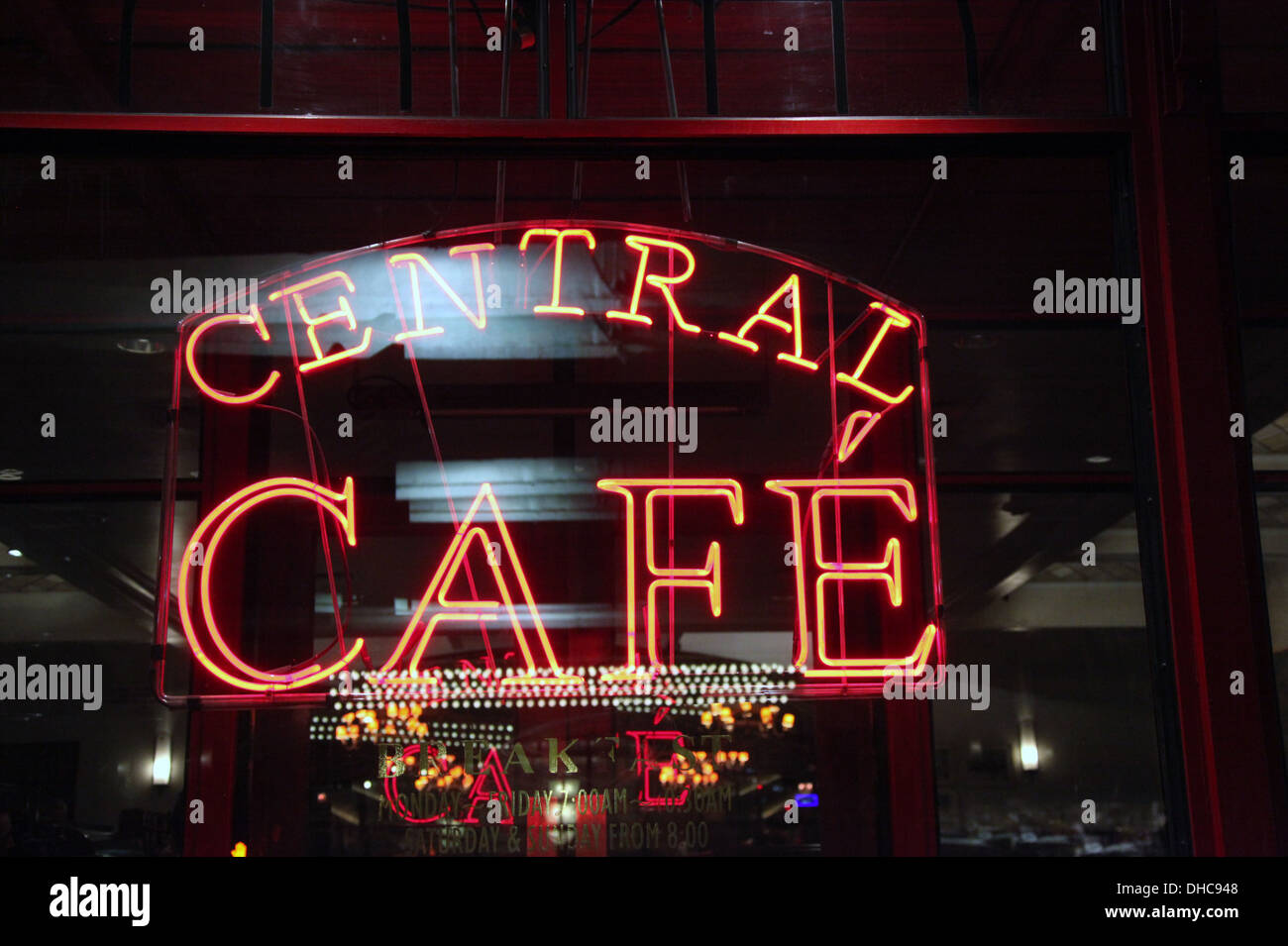 Central Cafe in Pershing Square at the heart of New York City Stock Photo