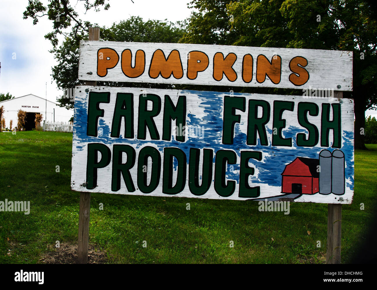 Sign for Pumpkins and Produce for sale at Norton Farm near St. Charles, Illinois, a town along the Lincoln Highway - Stock Image