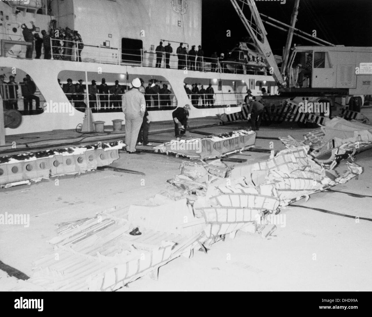 Space Shuttle Challenger Black And White Stock Photos Images Alamy