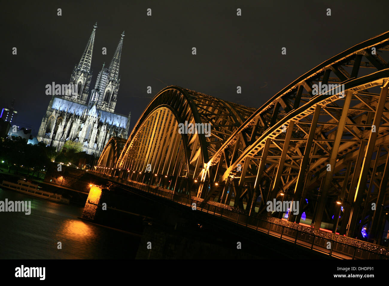 Cologne Cathedral at night - Stock Image