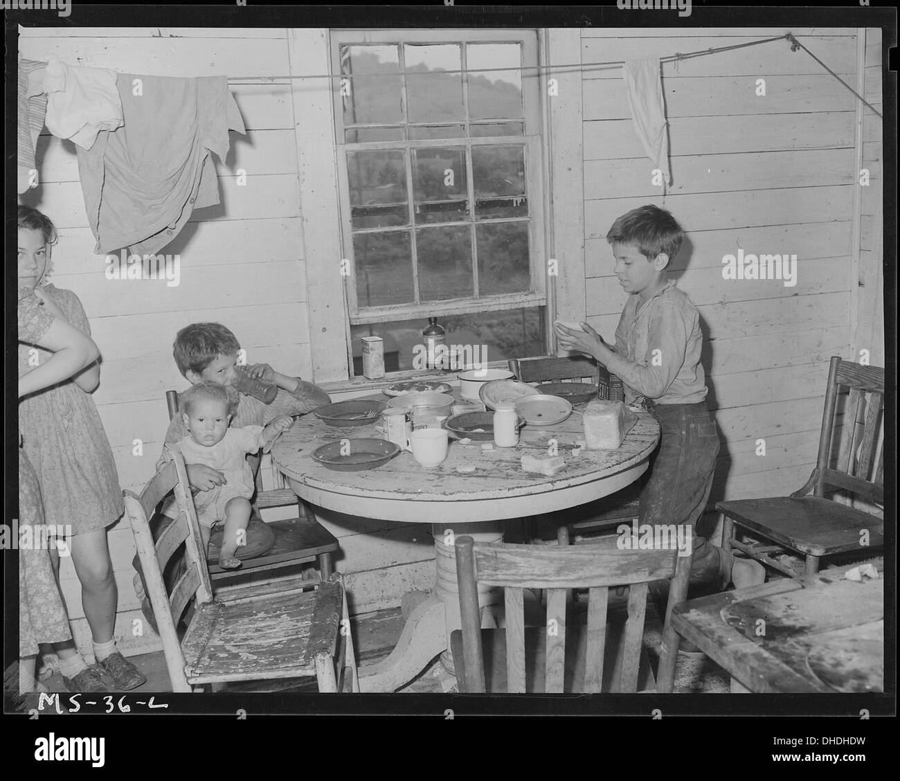 052d81419fe7 The Vintage Rooms Black and White Stock Photos   Images - Page 2 - Alamy