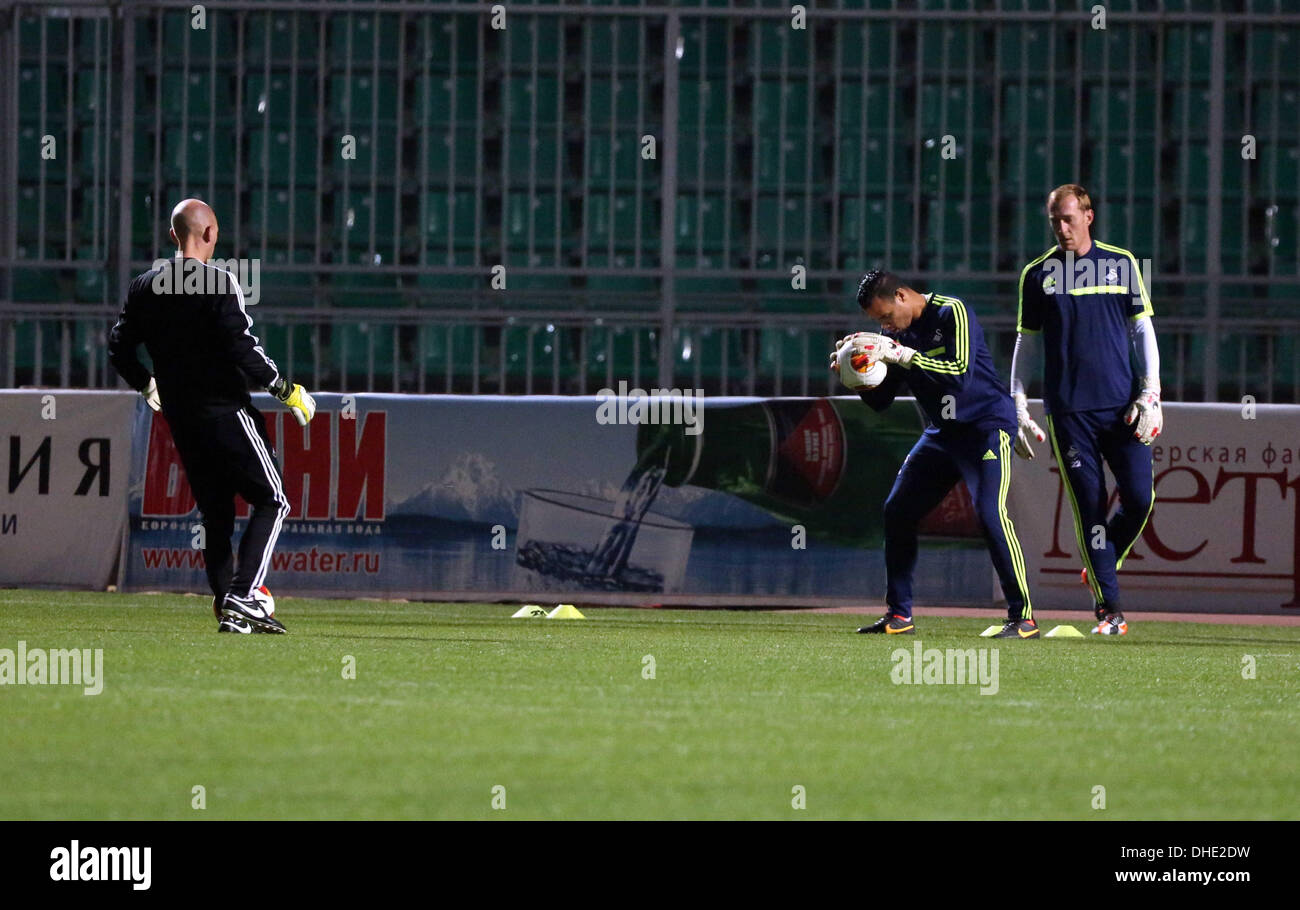 Krasnodar, Russia. Wednesday 06 November 2013  Pictured L-R: Adrian Tucker training with goalkeepers Michel Vorm and Gerhard Tremmel.    Re: Swansea City FC travelling to Russia for their UEFA Europa League Group A game against Kuban Krasnodar. © D Legakis/Alamy Live News - Stock Image
