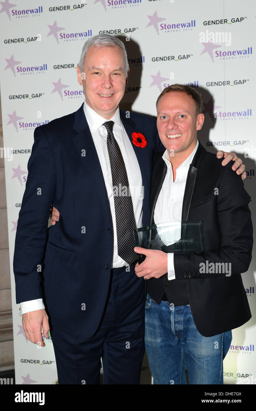 London, UK. 7th Nov 2013.  CEO Ben Summerskill and Antony Cotton at the Stonewall Awards 2013 taking place at the Victoria and Albert Museum. Credit:  See Li/Alamy Live News - Stock Image