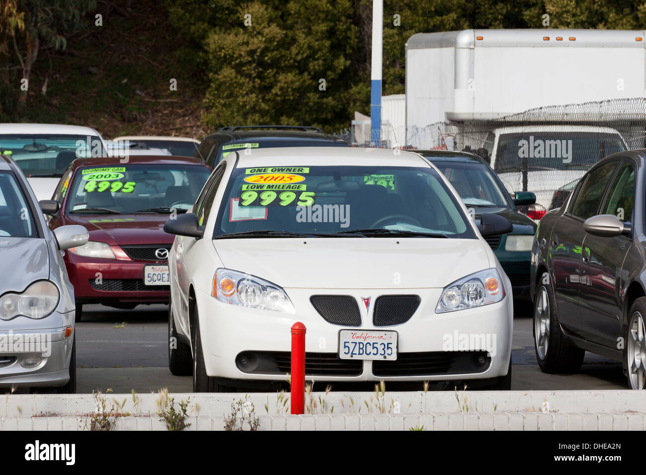 Cars on a used car sales lot - California USA Stock Photo: 62395501 ...