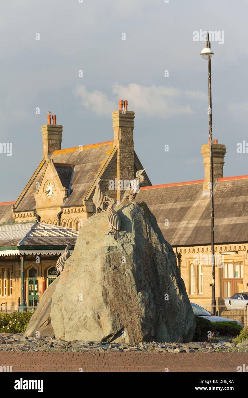 Cormorant statues on the seafront in Morecambe, Lancashire, in front of the old station, part of the artwork 'Tern Project'. - Stock Image
