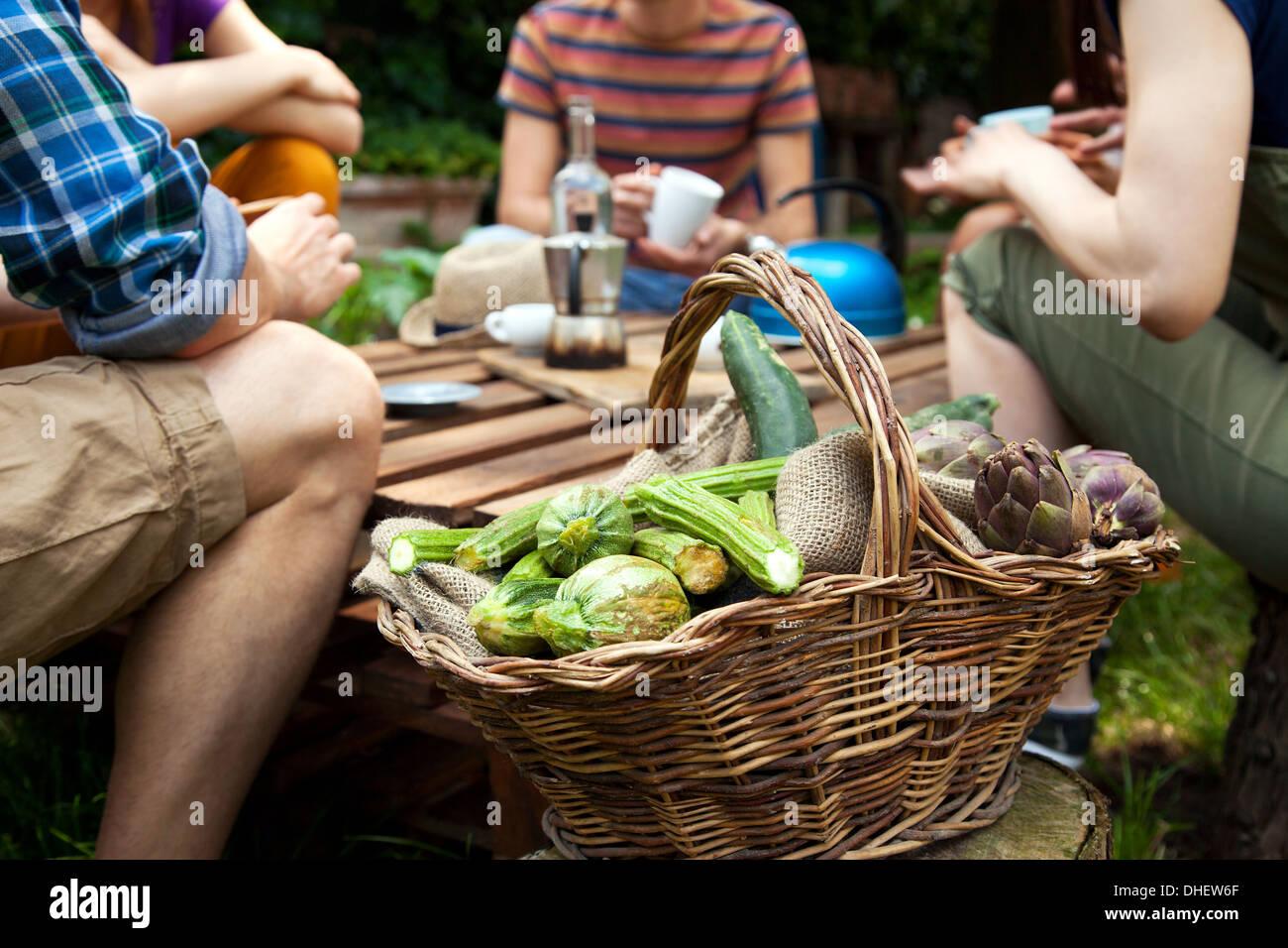 Basket of fresh vegetables - Stock Image