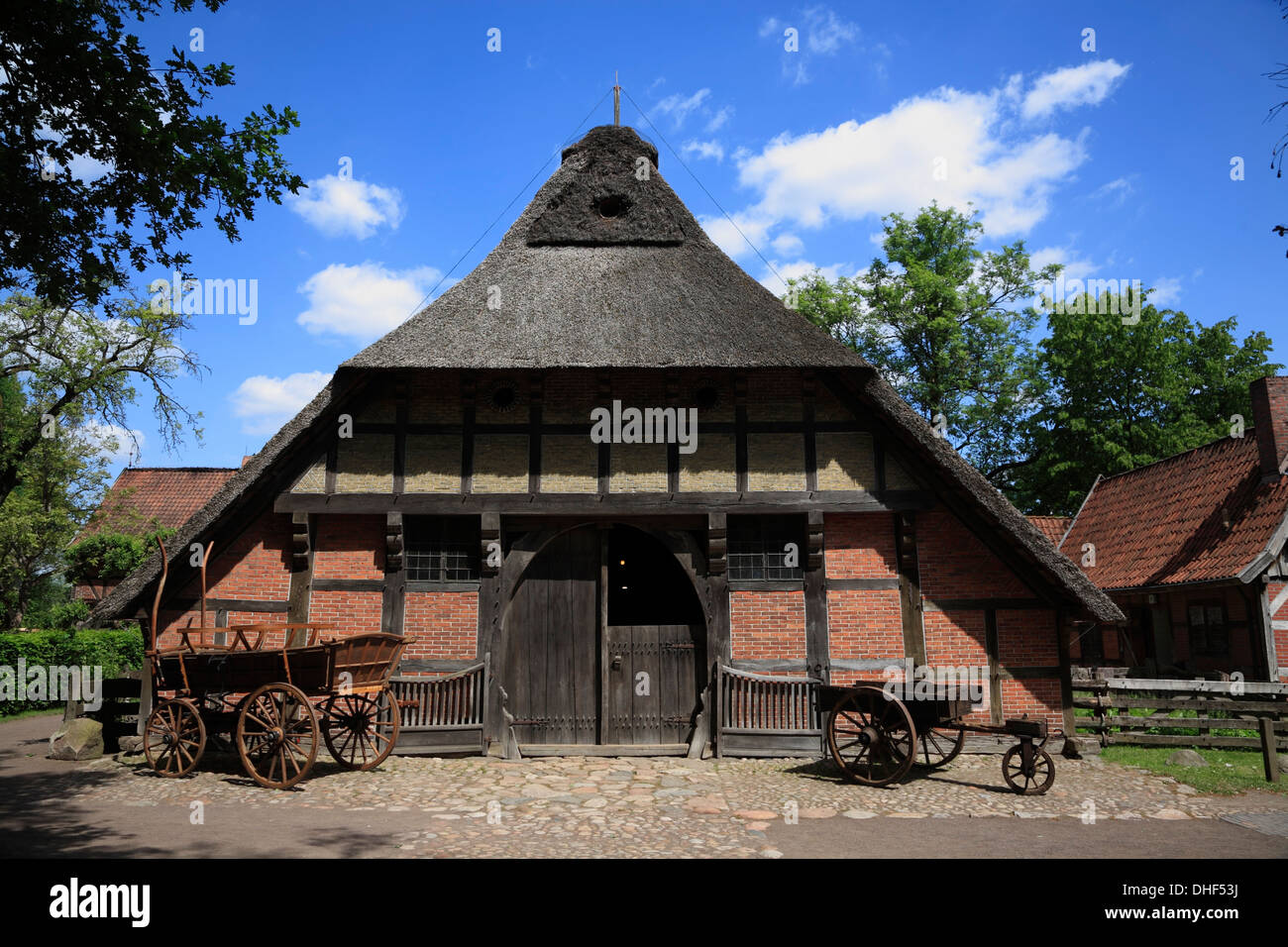 bad zwischenahn museum ammerlaender bauernhaus farmhouse stock photo 62413558 alamy. Black Bedroom Furniture Sets. Home Design Ideas