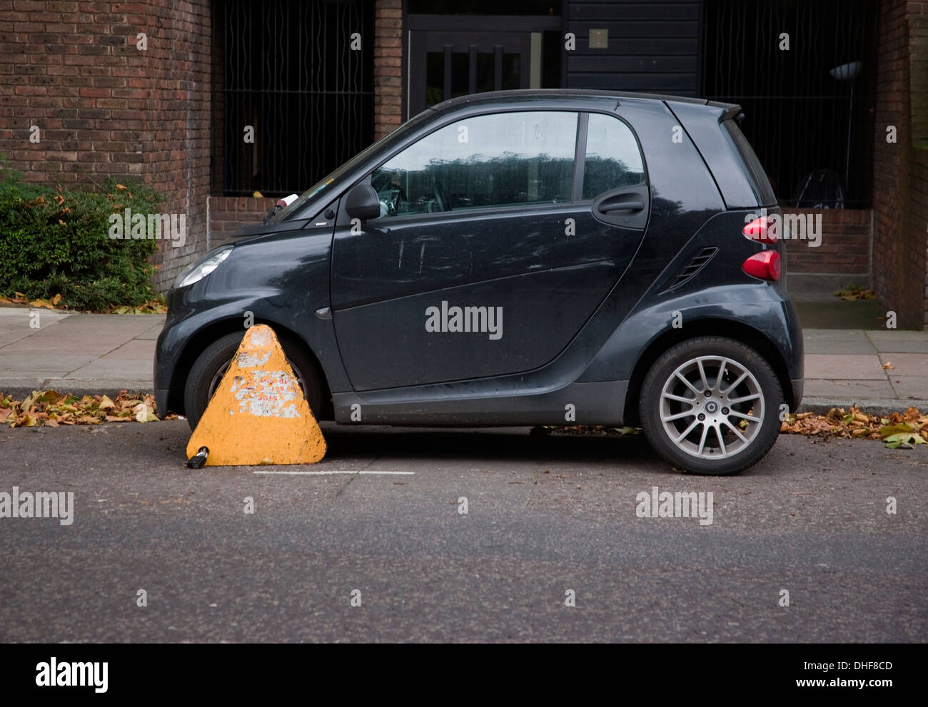 Wheel cl& on car yellow no parking wheel cl& on small two door car - Stock & Car Clamp Stock Photos \u0026 Car Clamp Stock Images - Alamy